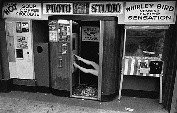 старая фотобудка